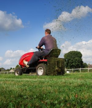 Commercial Turf Equipment Market Research Report