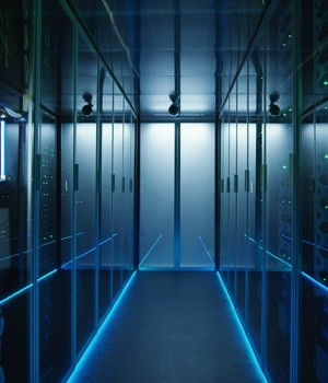 Data center UPS market research report