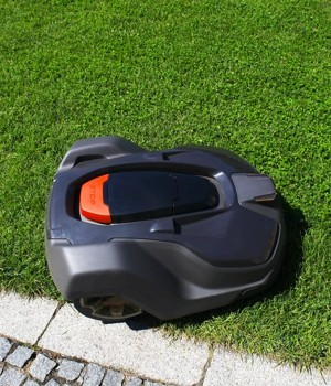 robotic lawn mowers market research report