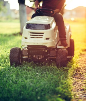 U.S. Commercial lawn mower market research report